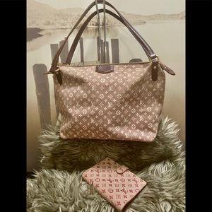SALE today🎉Louis Vuitton Bag + agenda Bundle